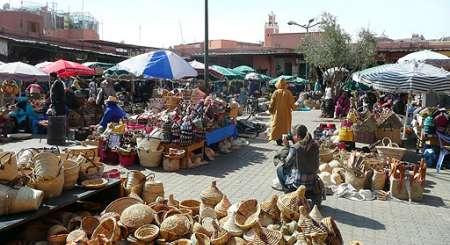Maroko, souq w Marakeszu. Targowanie się to teatr...